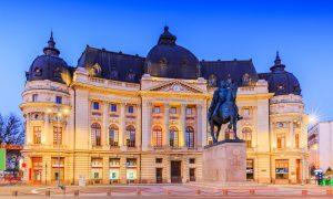 Biblioteca Centrală Universitară situată în Palatul Fundaţiei Universitare Carol I, Bucureşti. Regele Carol I a inaugurat Fundaţia în 1895, Romani de Centenar, O campanie Q Magazine